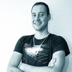 Yohan - Administrateur Système Expert Linux et Windows